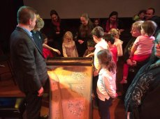 Harpsichordist Charlotte Nediger and children in London, ON